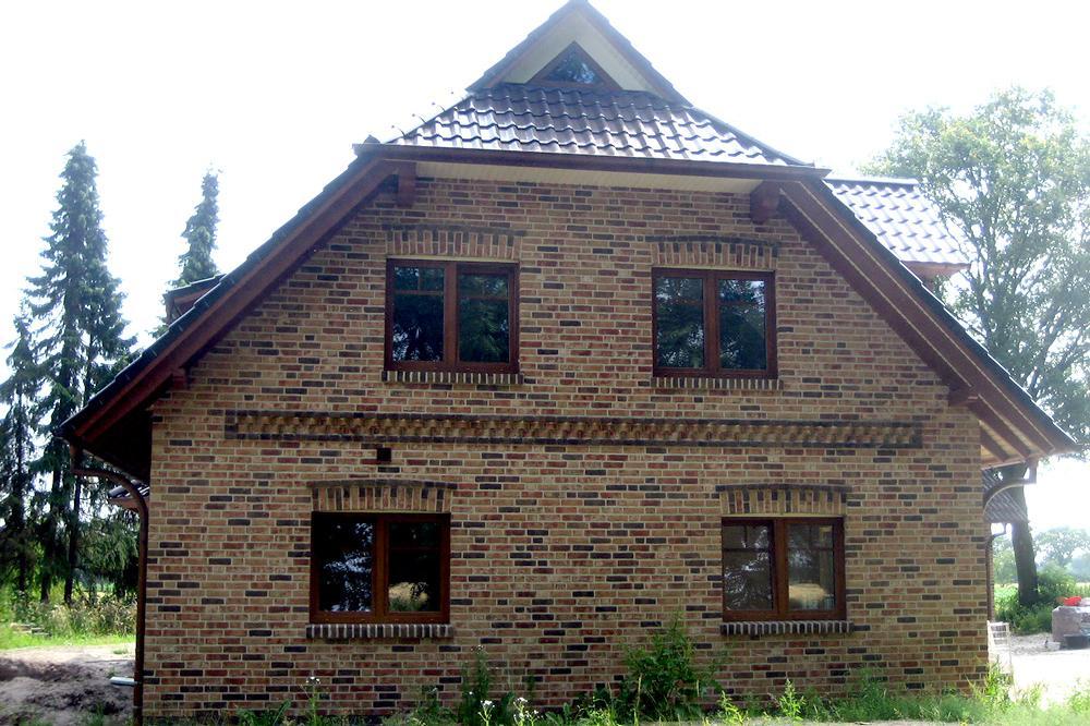 Krüppelwalmdachhäuser